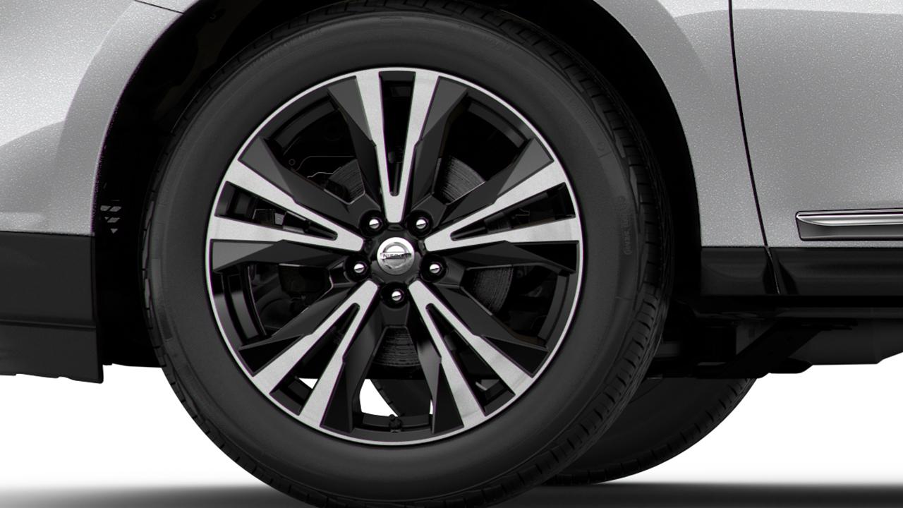 2017-nissan-pathfinder-20-inch-wheels