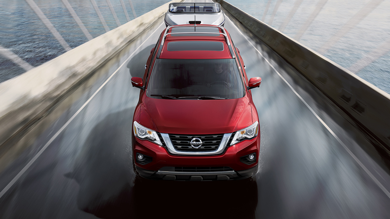 2017-nissan-pathfinder-top-view-red-2