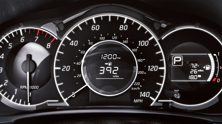 2017-nissan-versa-note-fine-vision-gauges-1