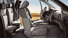 2017-nissan-frontier-full-interior-view