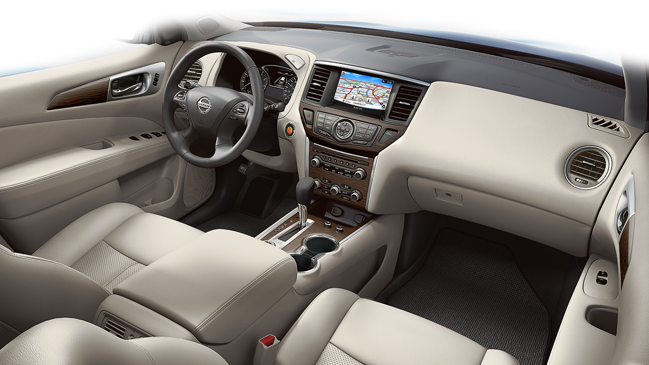 2017-nissan-pathfinder-interior-front