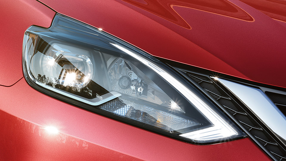 2017-nissan-sentra-led-headlights
