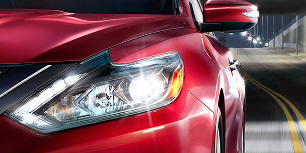 nissan-altima-headlights