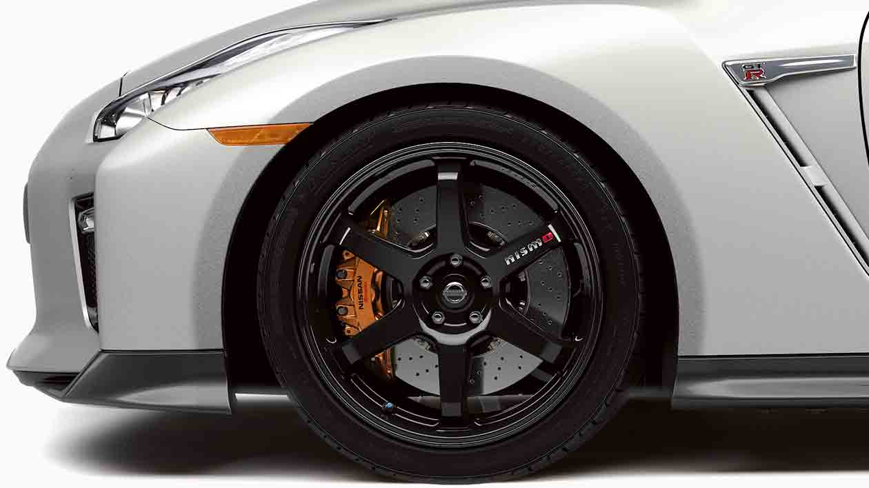MY17-GTR-Track-Edition-wheel