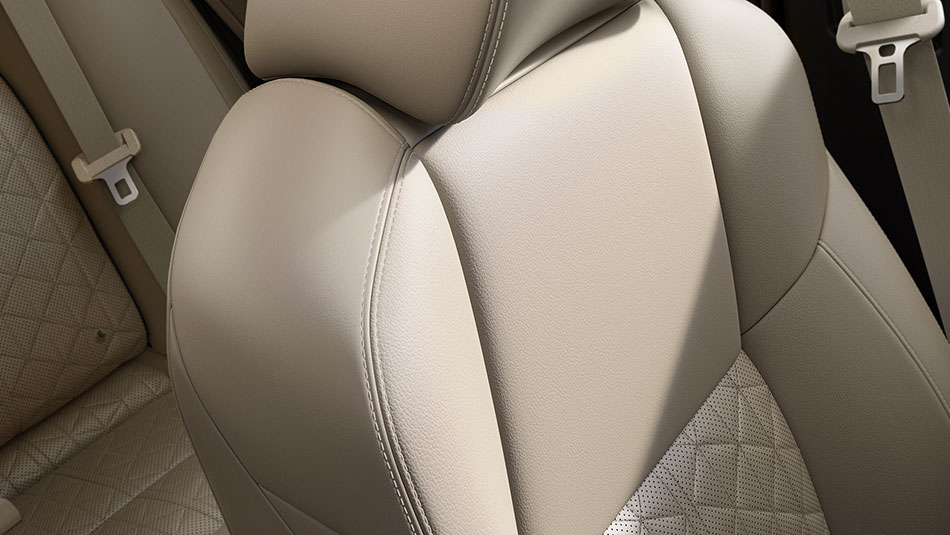 2016-nissan-maxima-interior-seating-zero-gravity-seats