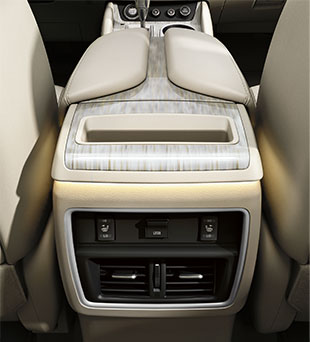 2017-nissan-murano-crossover-rear-usb-connection-ports-cashmere-leather